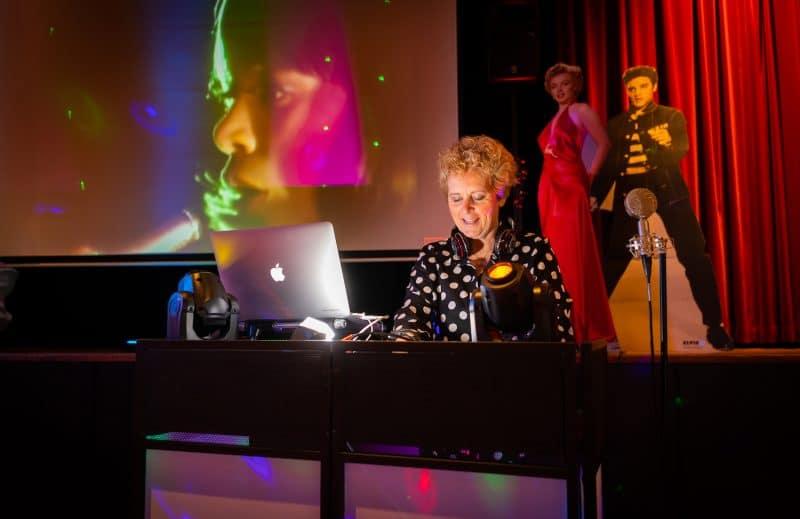 Vrouwelijke DJ sixties en seventies